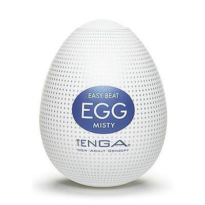 . Tenga huevo masturbador masculino con un relieve interior de picos hacia afuera Tenga Egg Misty .