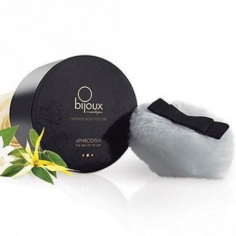 Bijoux Indiscrets Polvo corporal con un dulce aroma que atrapará a tus sentidos. Ideal para lamer, pintar y besar a tu amante. Polvos Aphrodisia 45 gr