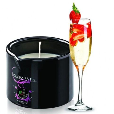 Vela de masaje cavas con fresas 120 ml, crea un ambiente sensual y único. Enciendela y vierte un poco en la mano.